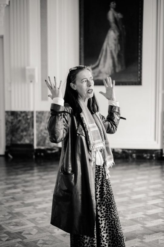 Adelheid Roosen, actrice, theatermaakster, dramadocente en schrijfster.
