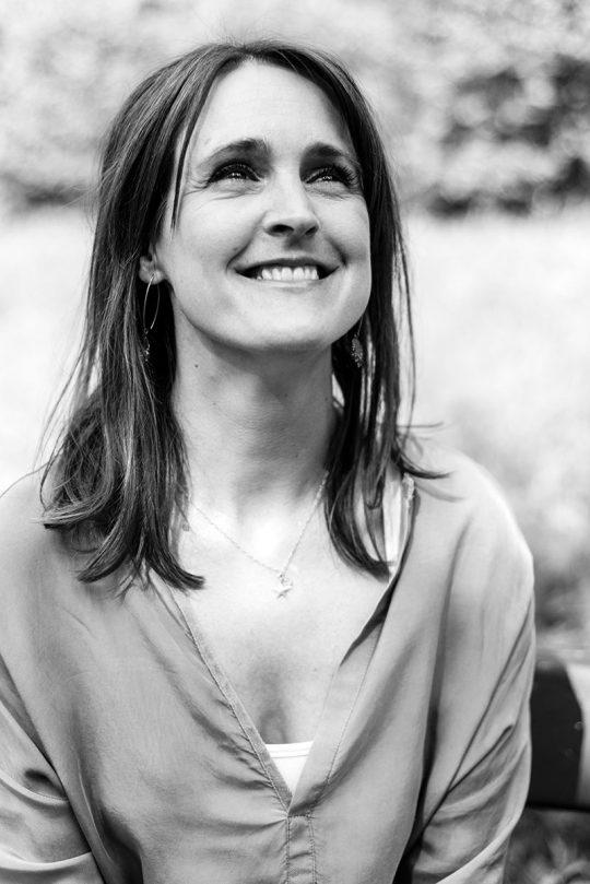 Janine Abbring (o.a. Zomergasten, Zondag met Lubach)  - voor Happinez magazine